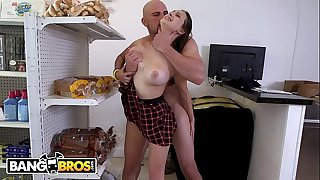 BANGBROS - Slutty 18 Year Old Teenager Ashley Adams Getting Drilled By J-Mac In A Min-Market