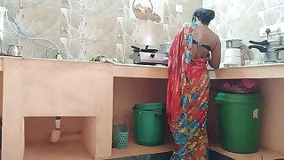 Desi indian Cuckold maid Fucked By house owner In Kitchen