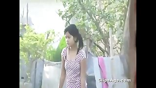 Desi Indian girl boobs outdoor spy web cam neighbour recorded