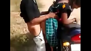 drindl desi bitch having quickie by the road while mate